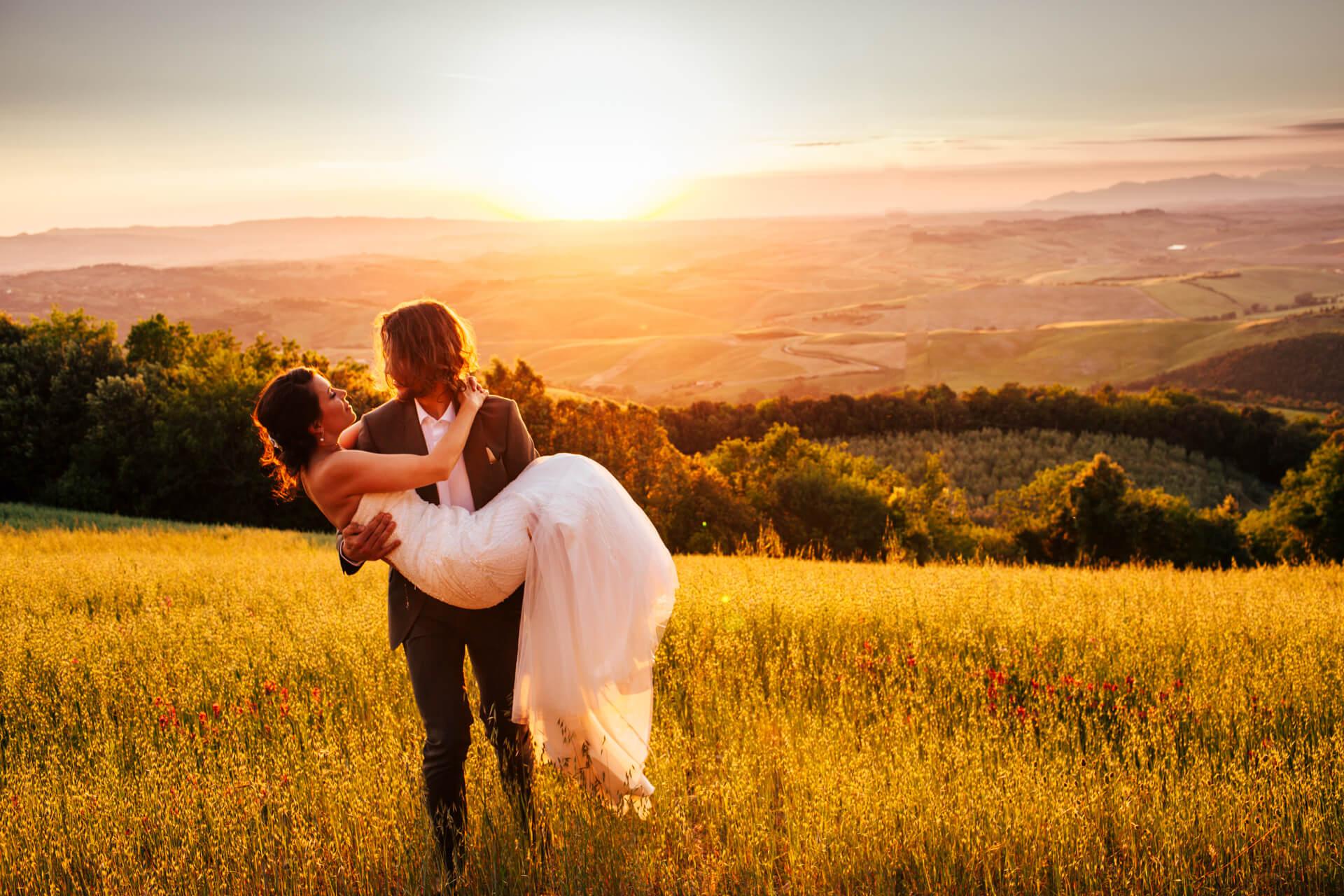Emily_Little_Photography_Tuscany_Desntination_Wedding_Villa_Di_Ulignano_Italy-90